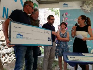 FLAI CGIL hands donation to La Casa dei Pesci